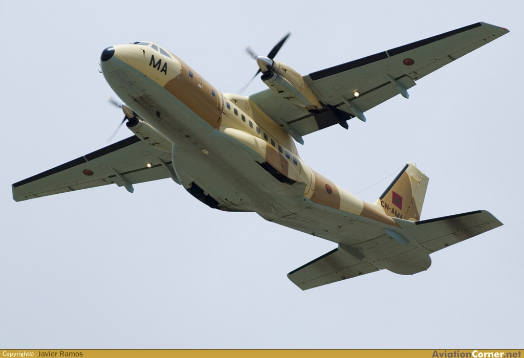 طائرات النقل العاملة بالقوات المسلحة المغربية Avc_00258043