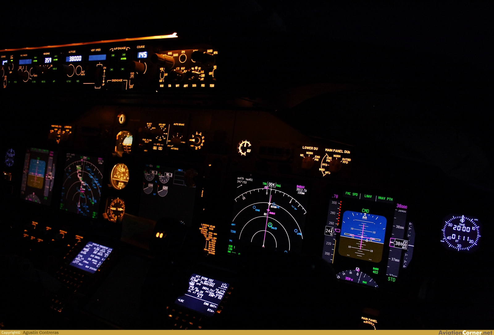 Aircraft photography boeing 737 8as for Oficina ryanair madrid