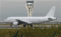 Pere  Escala - Spotters Barcelona-El Prat. Click to see full size photo