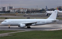 Rui Alves- www.portugalspotters.org. Click to see full size photo