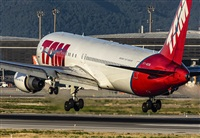 ©Oriol-Spotters Barcelona-El Prat. Click to see full size photo
