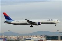 ©Adolfmalet-Spotters Barcelona-El Prat. Click to see full size photo