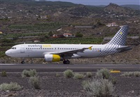©Juan García Santos- Canary Islands Spotting. Click to see full size photo